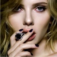 Скарлет Йохансон, эталон красоты, икона стиля, стиль знаменитсотей, стиль Скарлет Йохансон, мода и стиль, мода 2012, Scarlett Johanson