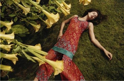 Ирина Шейк, платье