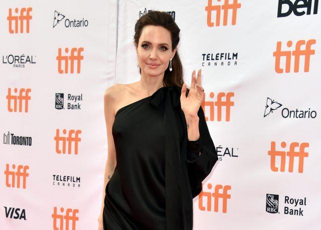 Анджелина Джоли, образ