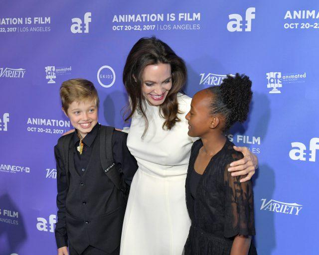 Анджелина Джоли, платье