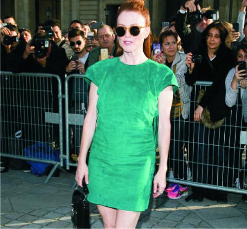 Джулианна Мур, мини-платье