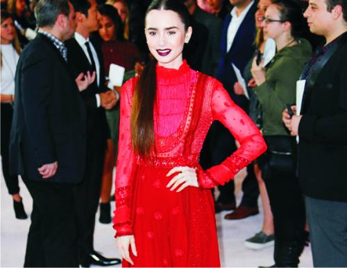 Лилли Коллинз, платье