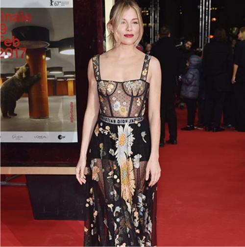 Сиенна Миллер, платье