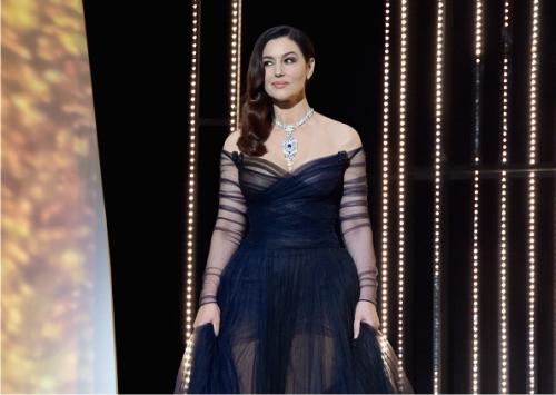 Моника Белуччи, платье